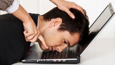 Оскорбления власти в интернете хотят приравнять к мелкому хулиганству